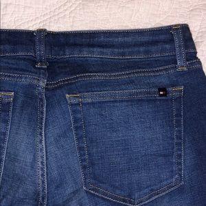 Tommy Hilfiger size 4 crop jeans
